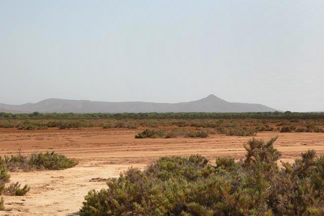 Песчаные дюны острова Маю