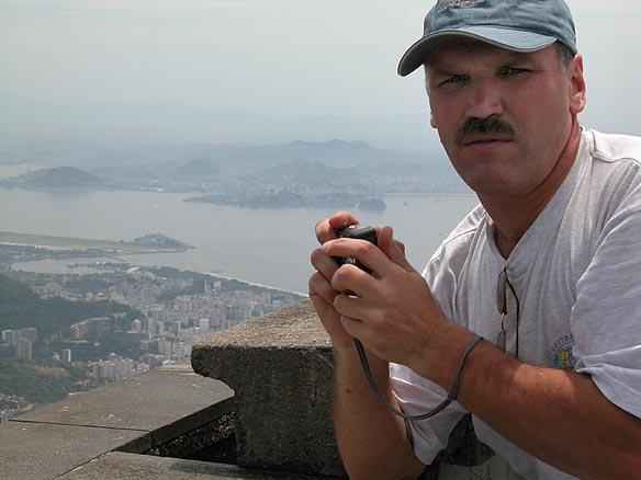 В Рио на яхту прибыл боцман Роман Смирных