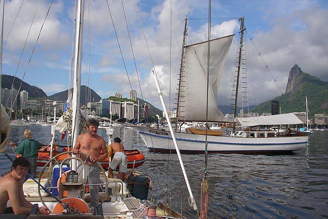 Покидаем порт Рио-де-Жанейро