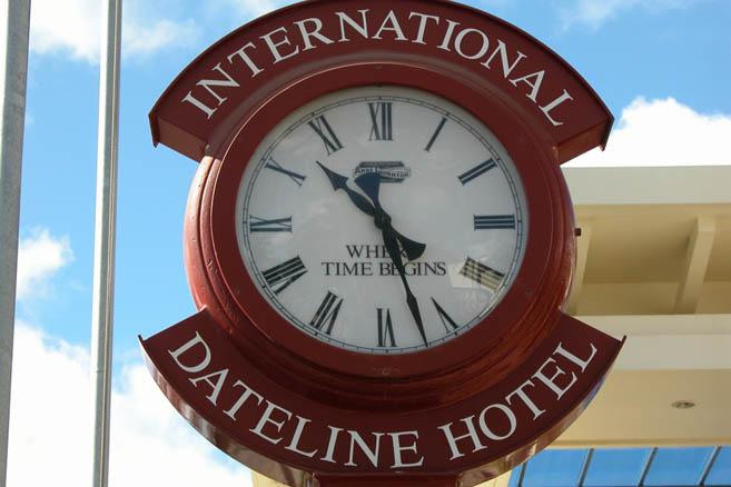 Время здесь отличается от других мест в мире – Тонга живет в 13-м часовом поясе.