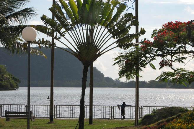 Столица Вануату – город Порт-Вила, 30 тыс. жителей.