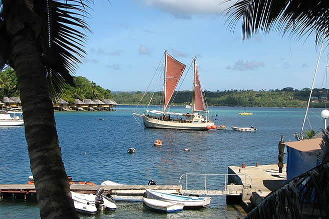 Соединение европейской и меланезийской культур сделало острова оазисом для туристов