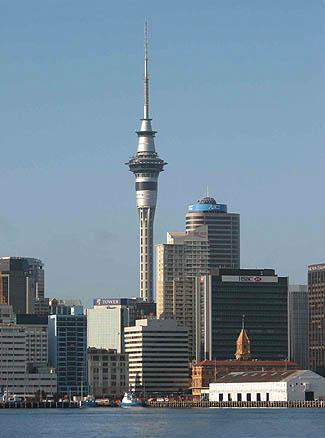 Скай Тауэр, высотой 328 м – самое высокое здание в Южном полушарии