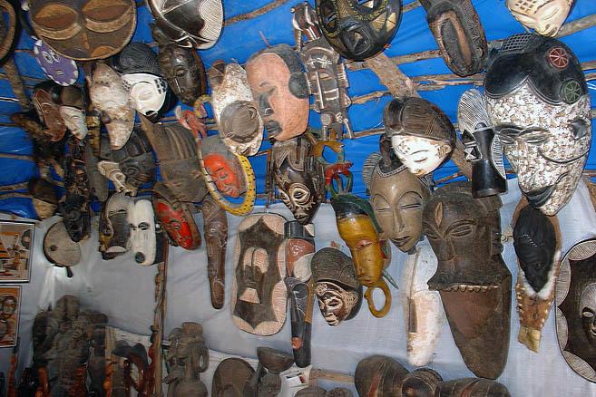 Сенегальские сувениры