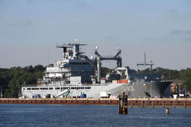 Германский военный танкер Frankfurt am Main (А1412)
