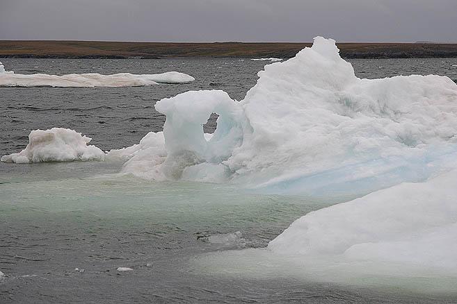 Льды у мыса Тонкий