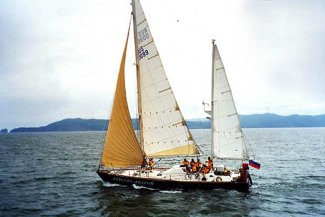 9 октября 1997 г. яхта прибыла на Камчатку