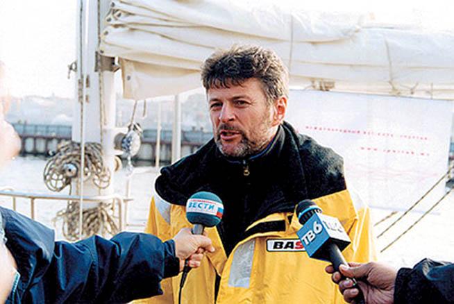 11 ноября 1999 г. «Апостол Андрей» вернулся в Санкт-Петербург