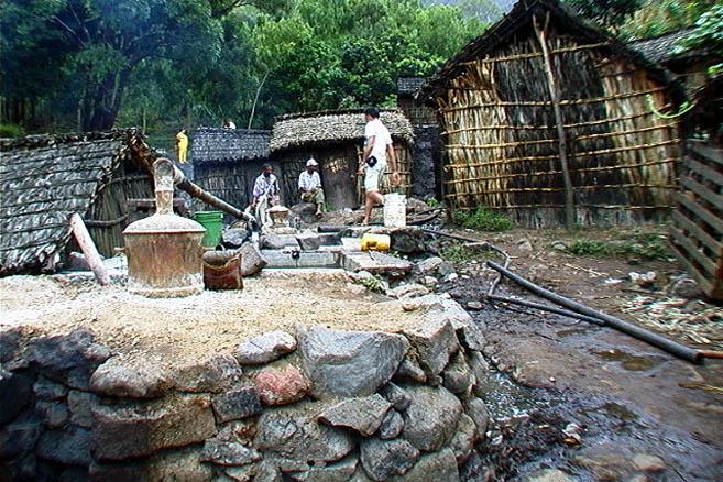 Деревня самогонщиков на о. Сантьягу, Кабо-Верде
