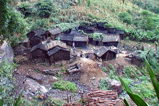 Деревня самогонщиков