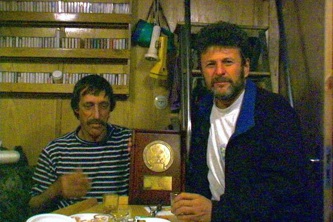 Жером Понсэ и Николай Литау – два капитана-обладателя медали «Голубая вода»