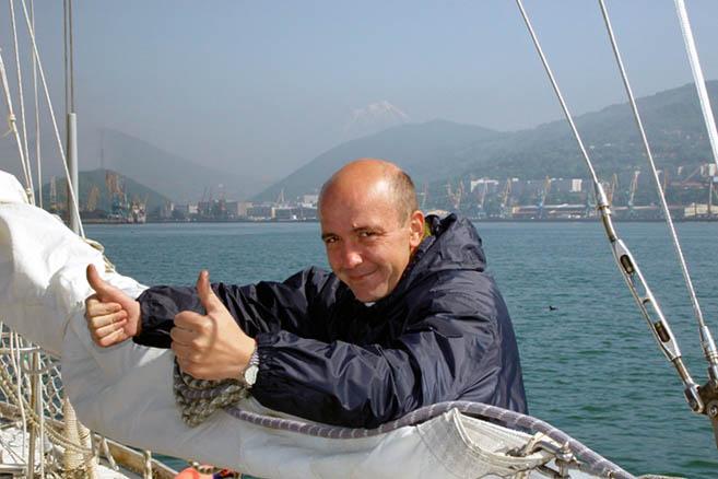 Новый член экипажа доктор Дмитрий Зюзьков