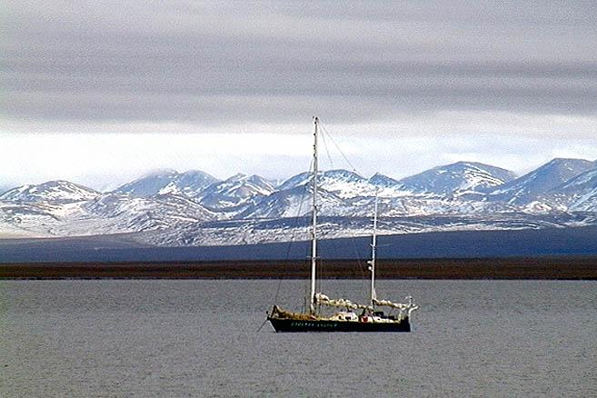 Вынужденная стоянка в бухте Демаркейшн, Аляска
