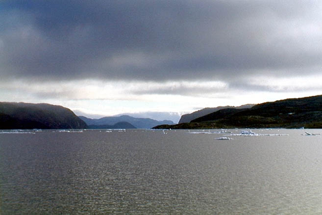 Льдов в проливе мало, а течения невероятно сильные