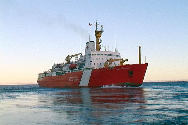Самый знаменитый ледокол Канадской береговой охраны «Луи Стефан Сен-Лоран»