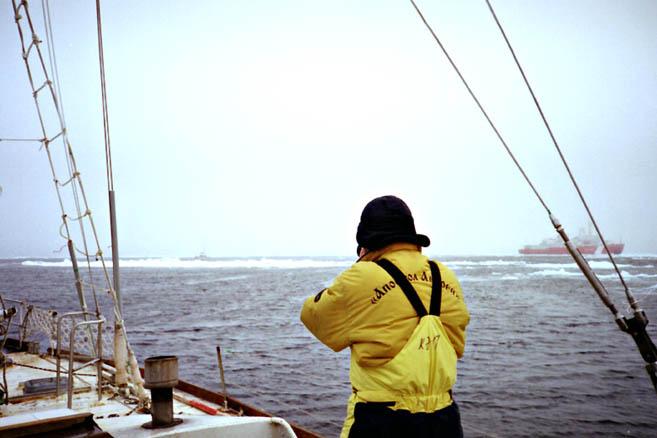 Попрощавшись с Nuage в проливе Ланкастер, «Апостол» пошел в море Баффина