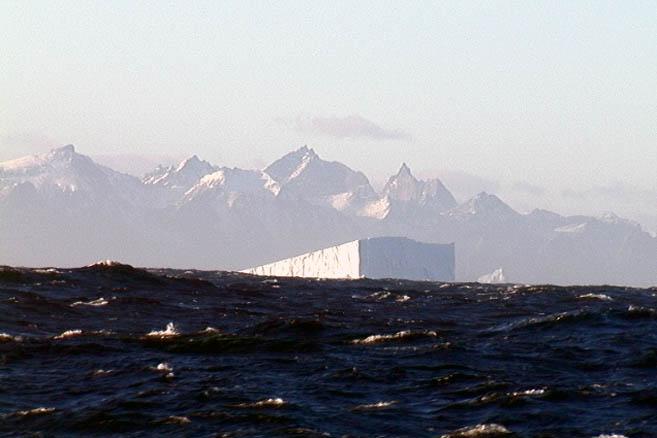 Мыс Фарвел и последний встреченный айсберг
