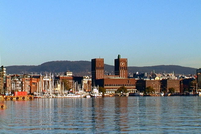 Вид на Осло со стороны бухты