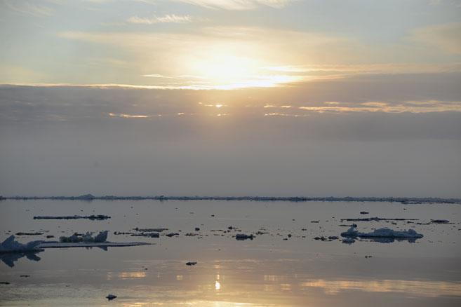 19 августа. Рассвет вблизи острова Гуккера
