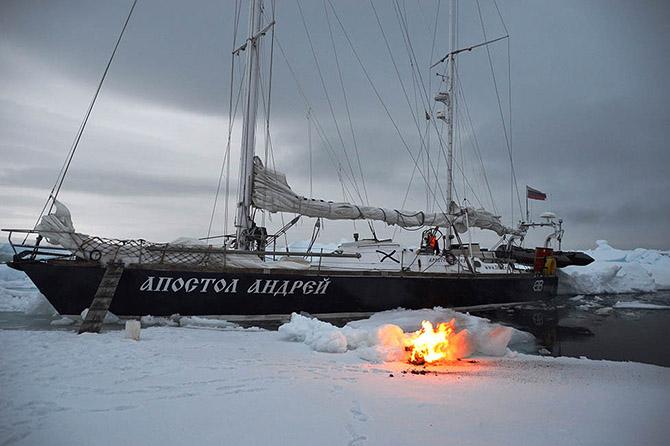 Яхта «Апостол Андрей»